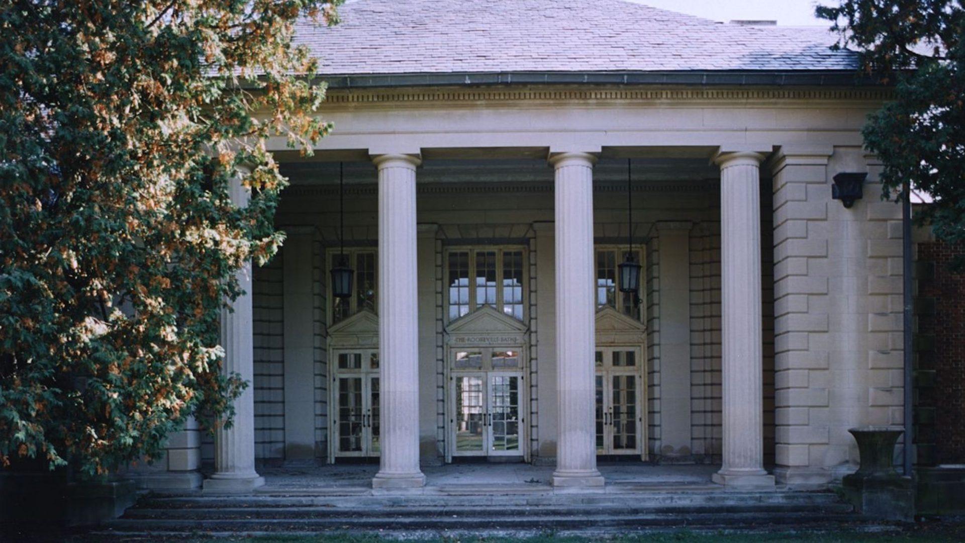 Roosevelt Bath House